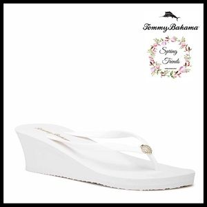 TOMMY BAHAMA LUXE WHITE SLIP ON WEDGE SANDALS